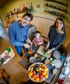 Weißkohl-Karotten-Salat: In Irland, England und den USA ist Krautsalat unter der Bezeichnung Coleslaw sehr verbreitet. Von Region zu Region existieren unterschiedliche Rezepte. Auf Raw Food Island,...