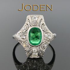 Gorgeous emerald and diamond Art Deco ring! One of a kind. Only at Joden. Art Deco Diamond Rings, Diamond Art, Emerald Rings, Art Deco Jewelry, Jewelry Design, Fine Jewelry, Vintage Art Deco Rings, Green Rings, Crown Jewels