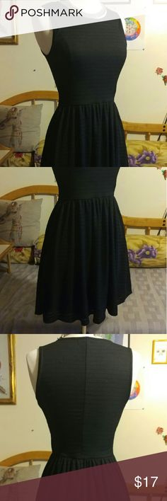 🚨Flash sale🚨 cotton on little black dress 🚨flash sale till end of Dec. Marking items down for the holidays🚨🎄 added 10% off bundles to help with shipping.  Super cute textured Cotton On little black dress. Size extra small. message me for more details. All items in my closet are negotiable. thank you for looking and have a great day. Cotton On Dresses Mini