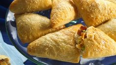Cheesy Bacon Crescent Triangles - ready in just 35 minutes – perfect as party appetizers!