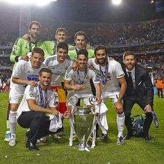 xabi alonso,iker casillas,alvaro morata,isco,arbeloa, and another ex real madrid players