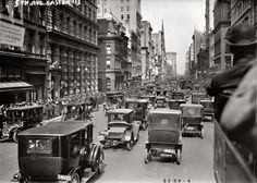 Fifth Avenue – Vintage photos of the most expensive and best shopping street in the world through the years.