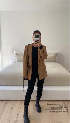 Winter Fashion Outfits, Fall Winter Outfits, Chic Outfits, Autumn Winter Fashion, Trendy Outfits, Preppy Style, My Style, Professional Outfits, Casual Chic