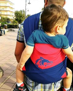 #genitoricanguro #babywearing #ilmondodizoe #forzalupi