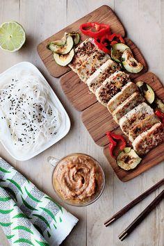 Potluck by one: Rapea kookostofu ja kardemumma-maapähkinäkastike #kruoka