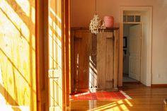 #ECOHOTELS #SWD #GREEN2STAY El patio 77 Eco-friendly Bed&Breakfast, Mexico City   Así se ven las últimas tardes de #mayo en nuestra suite #Oaxaca.  No dejes pasar la oportunidad de hospedarte con nosotros y descubre porque #elpatio77 fue incluido en las recomendaciones del #NYT durante su edición 2016.  #VisitMexico #BestHotels #HotelBoutique #MexicoCity-  http://green2stayecotourism.webs.com/mex-sth-america-eco-hotels
