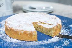 Mallorquinischer Mandelkuchen, einfach, saftig, locker, leicht | Rezept von feiertäglich.de