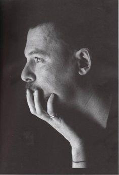 Alexander McQueen by Anne Deniau