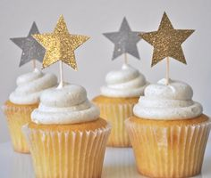 silver or gold star cupcake toppers