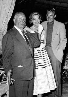 Hitch y dos de sus actores fetiche. Cary y Grace.