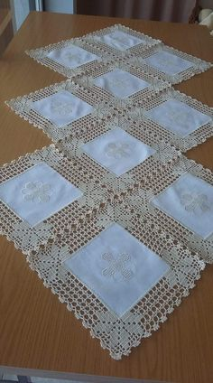 Crochet Doilies Free Pattern Runners Lace Tablecloths 35 Ideas For 2019 - Diy Crafts - hadido Filet Crochet, Crochet Motifs, Crochet Borders, Crochet Squares, Crochet Doilies, Crochet Flowers, Crochet Patterns, Crochet Potholders, Doily Patterns