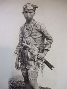 Ethnographic Arms & Armour - Period Photos of People with Ethnographic ArmsBagobo
