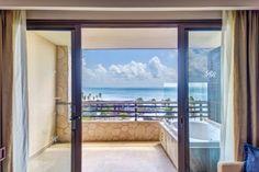 luxury-accommodations-1610343EB5-2D9B-72B7-6A18-95649A488678.jpg