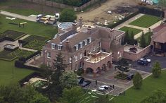 Old pad: The Beckhams reportedly sold their former house in Hertfordshire, dubbed Beckingham Palace, pictured, for - making an estimated profit Victoria Beckham News, David And Victoria Beckham, David Beckham House, Beckingham Palace, London Mansion, Los Angeles Homes, Celebrity Houses, Luxury Homes, Beautiful Homes