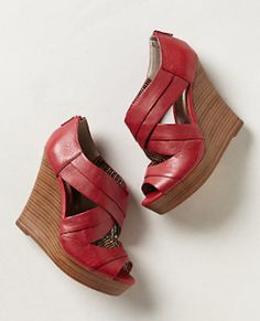 gorgeous #red leather wedges http://rstyle.me/n/fbtixr9te