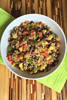 Southwest Quinoa Salad - make a big batch to have for lunches all week!