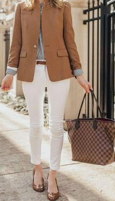 Stunning Work Outfits With Blazer, Today we're light one amongst our favourite extremely versatile outfits for the workplace (and for daily . Business Casual Outfits For Work, Blazer Outfits Casual, Office Outfits, Work Casual, Sweater Outfits, 60 Fashion, Blazer Fashion, Work Fashion, Fashion Outfits