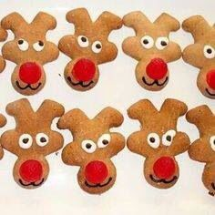 Gingerbread cookie into reindeers