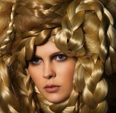 50 Beautiful Braid Hairstyles - From Brazen Braids to Sizzling Side Braids (TOPLIST)