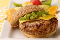 Diabetic Avocado Turkey Burger Recipe from Diabetic Gourmet Magazine, plus many more recipes for a healthy diabetic diet. Turkey Burger Recipes, Turkey Burgers, Chicken Recipes, Healthy Snacks, Healthy Eating, Healthy Recipes, Guacamole, I Love Food, Good Food