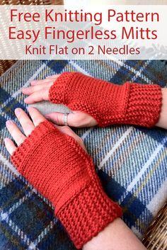 Free Knitting Pattern for Easy 1 Skein Fingerless Mitts Knit Flat – Beginner level mitts are knit flat on 2 straight needles and seamed. Rated very easy by Ravelrers. Many, in fact, said that this … Beginner Knitting Patterns, Easy Knitting Projects, Knitting For Beginners, Free Knitting, Knitting Tutorials, Knitting Machine, Knitting Yarn, Toe Up Socks, Knitted Mittens Pattern