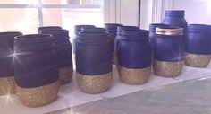 navy blue Mason jars with half gold glitter - Happy New Year 2019 Gold Mason Jars, Mason Jar Centerpieces, Mason Jar Crafts, Wedding Centerpieces, Blue Wedding, Diy Wedding, Cricut Wedding, Wedding Ideas, Wedding Advice