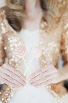 Pink and gold chevron cake pops. The Caketress. Photography by vickystarz.com,