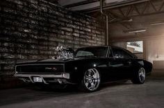Visit The MACHINE Shop Café... ❤ Best of Dodge @ MACHINE ❤ (Blown 1968 Dodge Charger R/T)