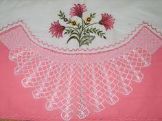 şeker-pembe-çiçek-nakışlı-pike-takımı-modeli-550x412.jpg (550×412)