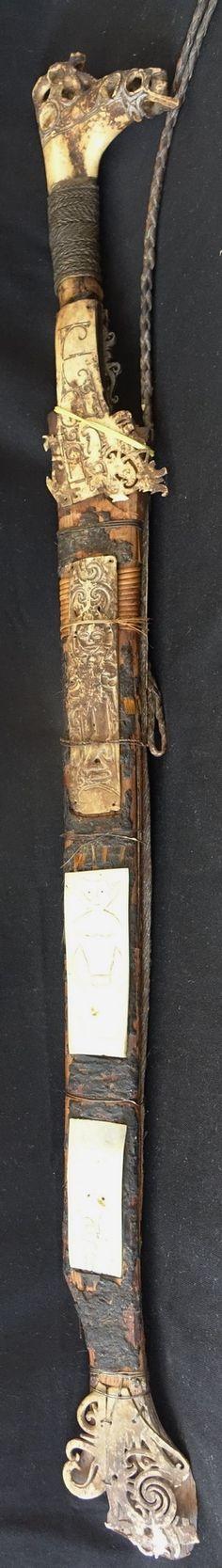 Rare genuine Dayak Headhunters Sword Sarawak Borneo - Antique more than 100 years old
