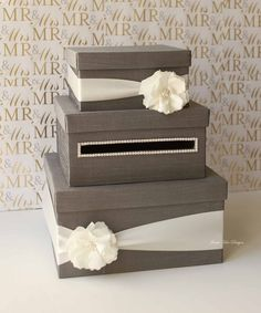 Wedding card box, DIY love this But in Gold with pink tulle and bows @ Wedding-Day-Bliss
