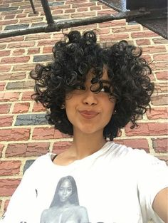 Effective styles for short curly hair - Kurzes lockiges haar - Hair Styles Curly Hair Styles, Curly Hair Cuts, Short Hair Cuts, Natural Hair Styles, Short Curls, Perm On Short Hair, Updo Curly, Short Natural Curly Hair, 3c Hair