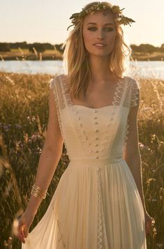 Brautkleider von Rembo Styling - Model Jacky