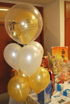 Balónová výzdoba na ples | Balónová výzdoba - Nitra Wine Glass, Tableware, Food, Dinnerware, Dishes, Meals, Yemek, Eten, Wine Bottles