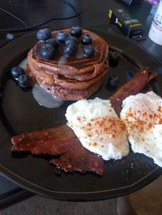 4th of july breakfast - red velvet pancakes & Spicy candied bacon #TTDD