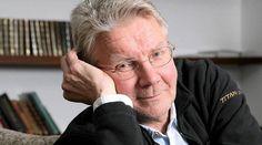 Pirkka-Pekka Petelius on 1980-luvulta alkaen tunnetuimpia suomalaisia viihdyttäviä taiteilijoita. Hän on esiintynyt näyttelijänä, koomikkona, ohjaajana, käsikirjoittajana, tuottajana ja laulajana. Wikipedia Syntyi: 31. toukokuuta 1953 (ikä 62), Tornio