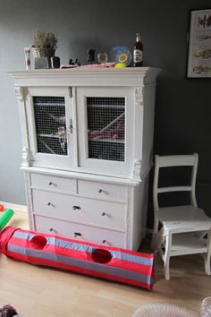 The reason that  this appeasl to me Is that although I have built my ferrets a huge living/play are with tons of hidey and sleepy places They will choose any slightly left open drawer in my house. Wierd  just wierd
