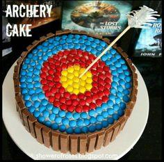 Shower of Roses: Ranger's Apprentice Archery Target Cake Birthday Cake Girls, Birthday Fun, Hunting Birthday, Birthday Recipes, Princesa Merida Disney, Archery Party, Archery Girl, Archery Hunting, Deer Hunting