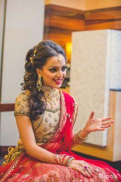 Bridal Wear - The Bride Kanika! Photos, Hindu Culture, Beige Color, Hairstyle, Bridal Makeup, Sangeet Makeup pictures, images, vendor credits - The Dipak Studios, WeddingPlz