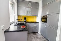 """Słoneczny apartament """"Chmielna Garden II"""" z prywatnym ogrodem znajduje się w samym sercu Gdańska, na Wyspie Spichrzów. Kitchen Cabinets, Home Decor, Decoration Home, Room Decor, Cabinets, Home Interior Design, Dressers, Home Decoration, Kitchen Cupboards"""