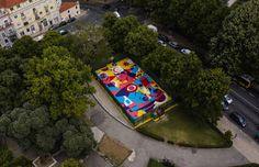 Stunning Basketball Court in Lisbon by AkaCorleone – Fubiz Media Street Art News, Street Artists, Art Intervention, Baskets, Journal Du Design, Colossal Art, Art Programs, Bird Drawings, Point Of View