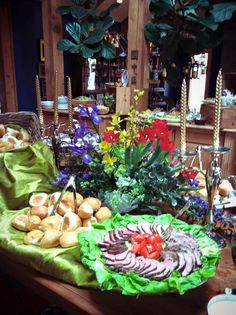 #florist #floraldesign #food #itsyourparty #party #georgia #georgiaflorist #decorator #designer #georgiaeventplanner #catering #caterer
