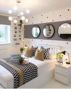 ¿Cómo puedo decorar mi habitación? Aquí tienes cuatro ideas. – All the daily things ☁️ Fall Bedroom Decor, Bedroom Ideas, Teen Bedroom Colors, Girls Bedroom, Decor Room, Bedroom Wall Designs, Bedroom Makeovers, Room Decorations, Bedroom Inspo