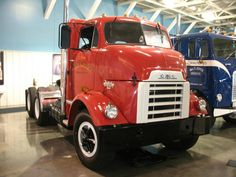 GMC trucks (America) pt. of General Motor. cannonball GM.