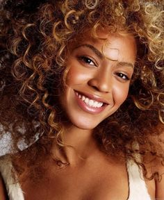 Natural make up on Beyonce