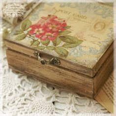 Wild rose  Box for jewelry Wild rose Vintage look by Alenahandmade, $30.00