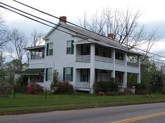Southern home, Hayneville, Alabama by The Happy Rower, via Flickr