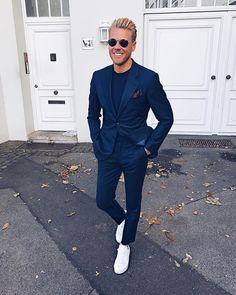 """Mi piace"": 2,840, commenti: 73 - @keymanstyle su Instagram: ""Werbung \ Wearing my new blue suit from Atelier NA Paris @ateliernaparis #atelierna…"""
