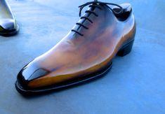 """Scarpe Uomo. Intervista a Landry Lacour il dandy artigiano che ha creato la scarpa """"bespoke"""" patinata a mano"""
