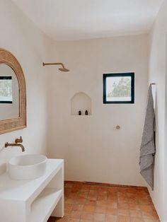 Bathroom Renos, Bathroom Flooring, Bathroom Furniture, Ikea Bathroom, Bathroom Interior, Modern Bathroom, Bathroom Ideas, Beach House Bathroom, Beach Bathrooms
